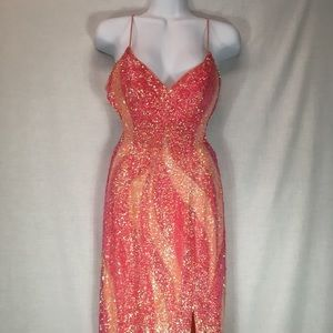 Peach/Pink sequined long gown. Prom Dress